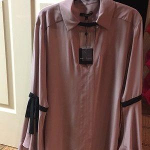 Beautiful new mauve blouse
